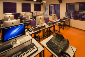 5 Ways To Identify A True School Music Production Student – by Noteorious